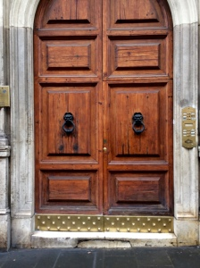 A door in central Rome